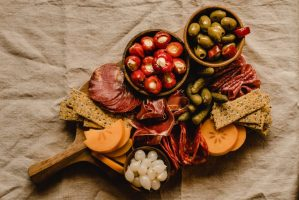 M2woman - This Is How To Create The Perfect Platter For Your Next Party