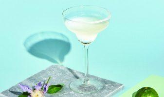 m2woman-summer-21-cointreau-margarita-cocktail