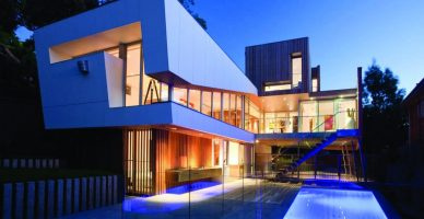 m2woman-summer-21-building-new-house-box