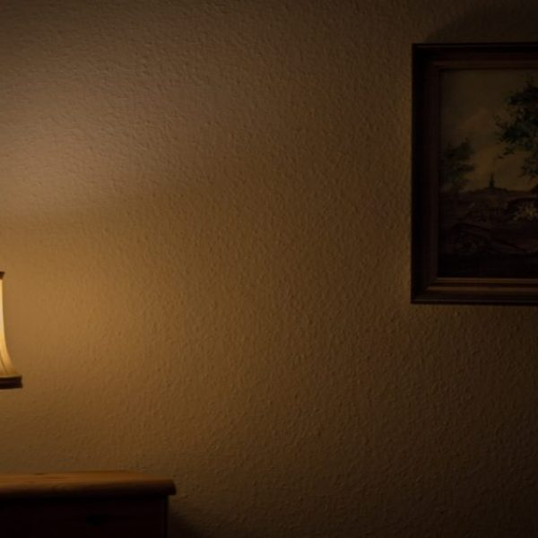 M2woman - 10 Ways To Brighten Up A Dark Room